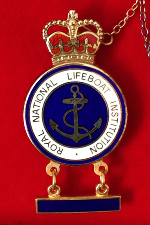 The RNLI gold badge with bar