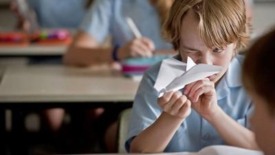 Paper-Planes_704_3