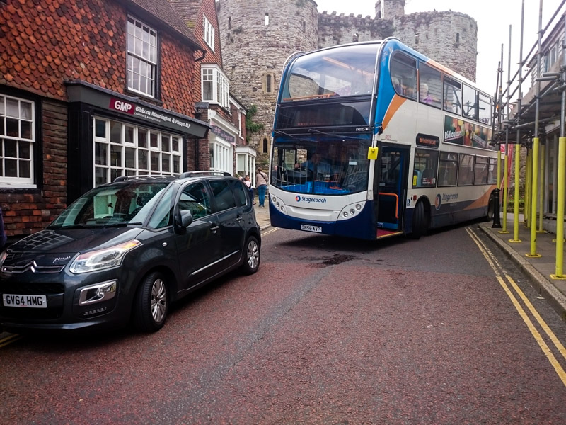 More selfish parking holds up the bus